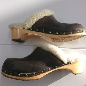 Ugg Women's Size 12 Clogs Brown